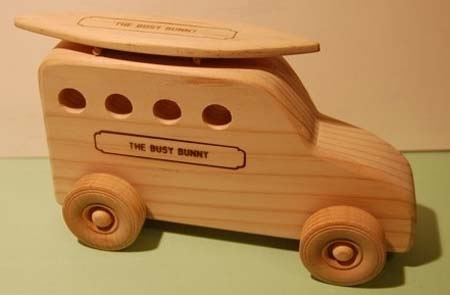 Busy Bunny – Surfmobile Wood Toy