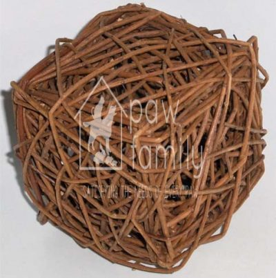 Busy Bunny – Unpeeled Willow Cube
