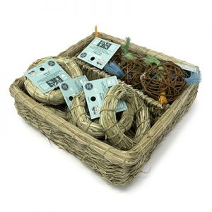 oxbow enriched life Hay O and Loco Ball Basket